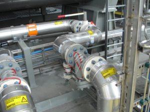 Verwarmingskabel op leiding met isolatie